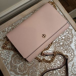 Emerson chain wallet in shell pink - tory burch